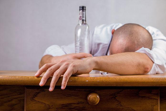 Jak zmienia się psychika alkoholika w trakcie terapii?